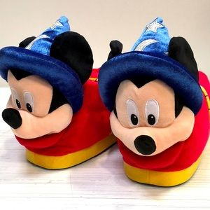 New Limited Edition D23 Mickey Sorcerer Slippers